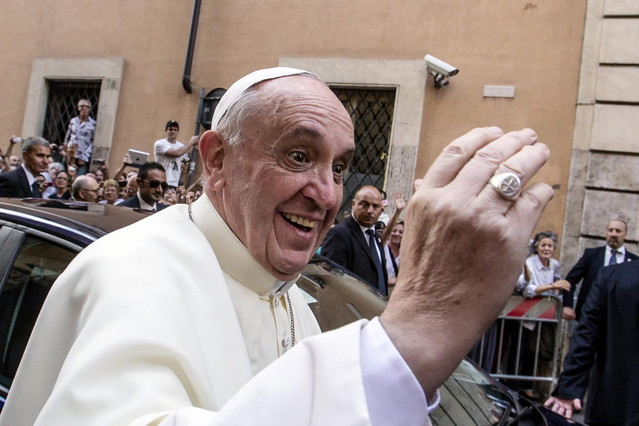 """El Papa insta l'Església a """"no parlar tant de l'avortament i el matrimoni homosexual"""""""
