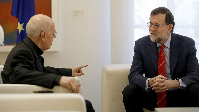 Ricardo Blázquez, presidente de la Conferencia Episcopal, con Rajoy, en la Moncloa.
