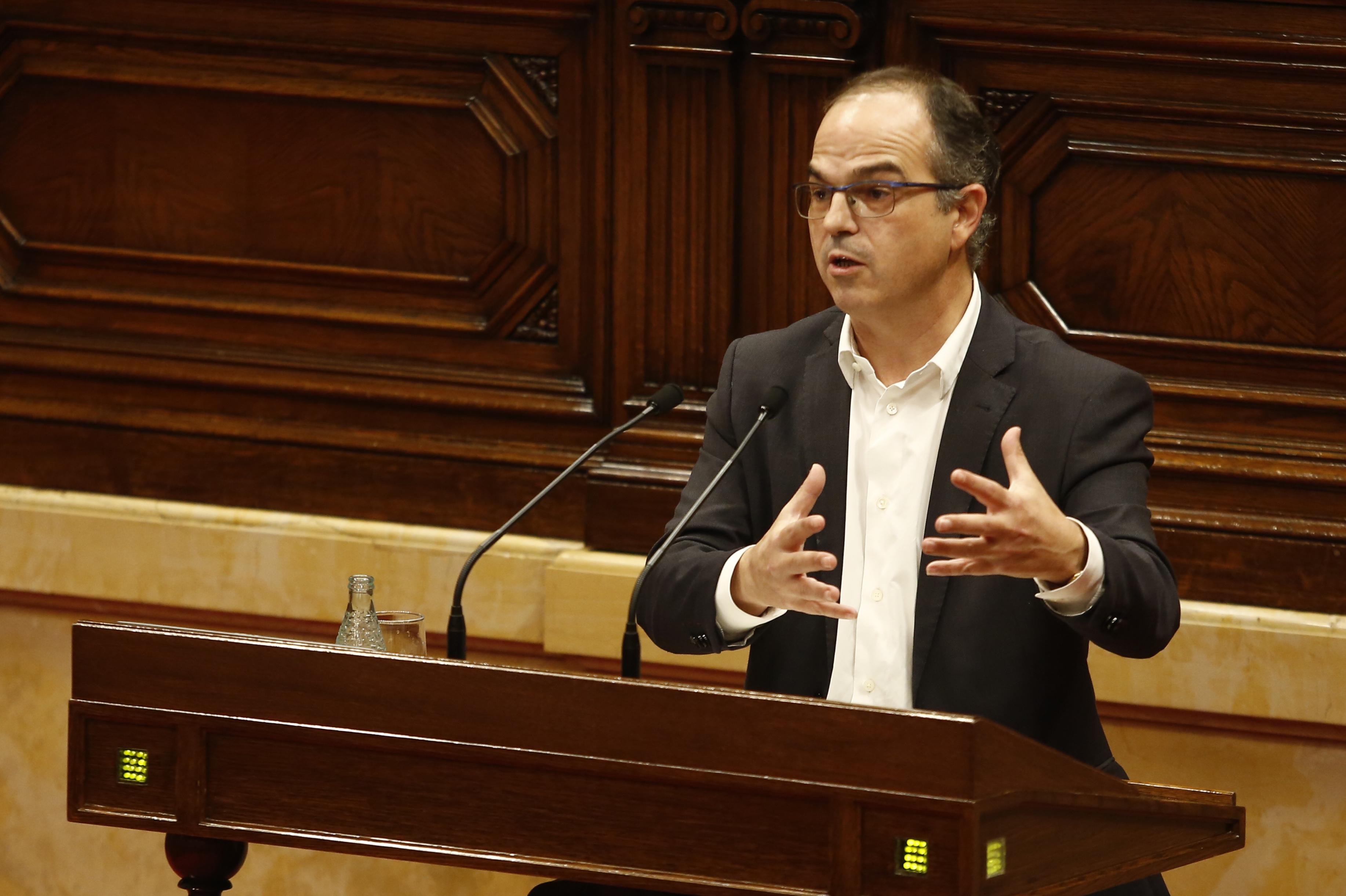 Bronca al Parlament després de comparar Turull la fiscalia i el TC amb el 23-F
