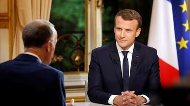 """Macron intenta deshacerse de la imagen de """"presidente de los ricos"""""""