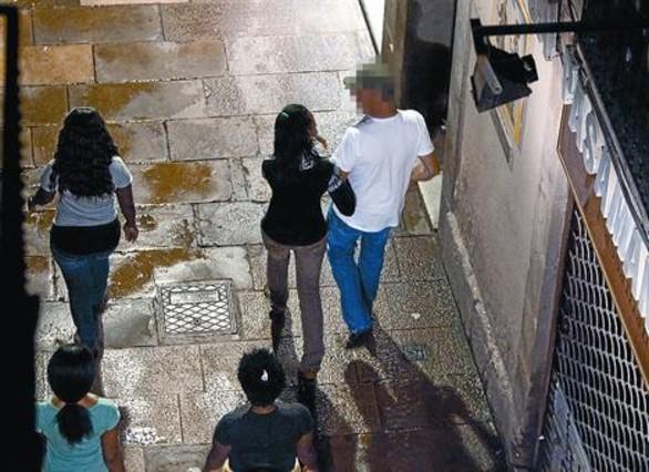 prostitutas brasileñas calle prostitutas barcelona