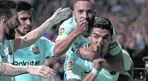 Suárez celebra su gol junto a Messi, Alba y Andre Gomes.