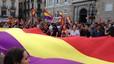 Milers de persones reclamen la república al carrer