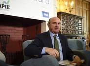 El ministro Luis de Guindos,durante unas jornadas en Santander.