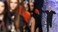 Rossy de Palma y Victoria de Abril, estrellas del desfile de Jean Paul Gaultier
