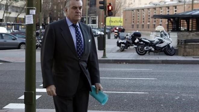 La jutge cita el PP com a imputat per l'esborrament dels ordinadors de Bárcenas
