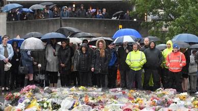 Més de 130 imams britànics es neguen a oficiar l'oració fúnebre pels terroristes