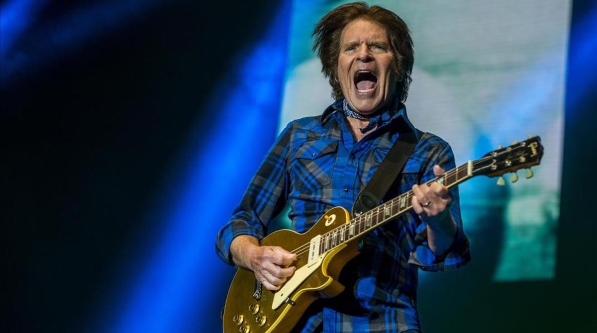 Un momento en la actuación de John Fogerty en el Azkena Rock Festival.