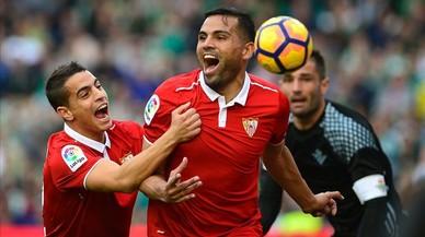 Mercado celebra su gol ante el Betis.