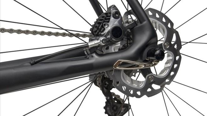 Espanya prohibeix els frens de disc, fins i tot en les marxes cicloturistes