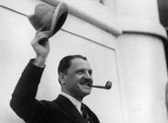 William Somerset Maugham, a bordo del Aquitania en 1923.