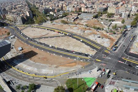 La plaza de les Gl�ries este septiembre tras la deconstrucci�n del tambor.