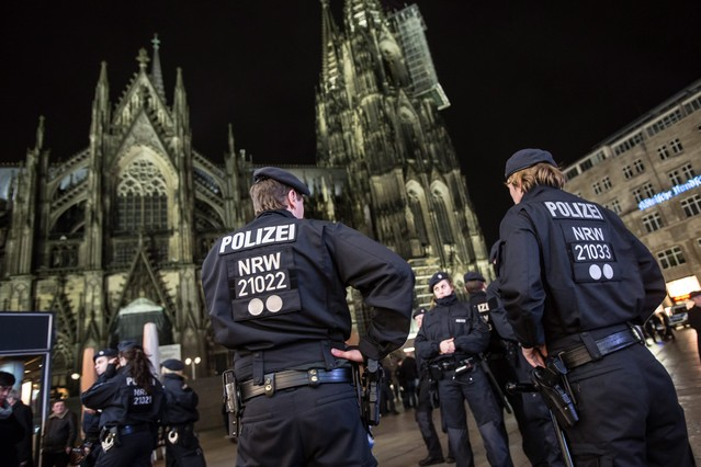 POlice presence beefed up at Cologne catherdral and central station