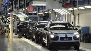 Disminución de la producción de vehículos durante el primer cuatrimestre de 2017