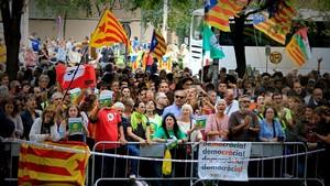 Concentración en apoyo a los detenidos, en la Ciutat de la Jausticia.