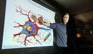 Jason Otterstrom, en Café de les Delícies en el Pint of Science 2015.