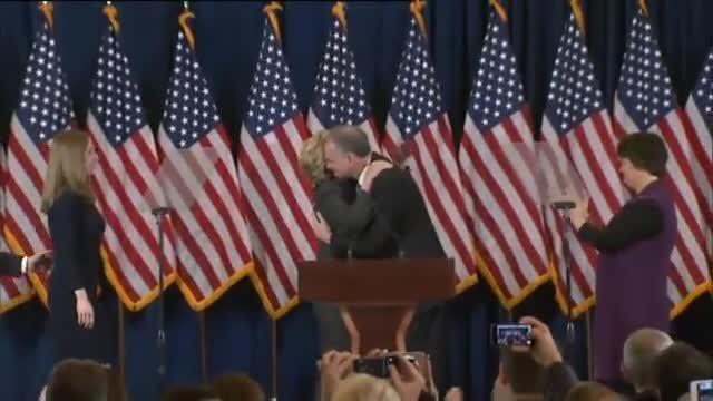 Obama i Clinton apel·len a la unitat del país