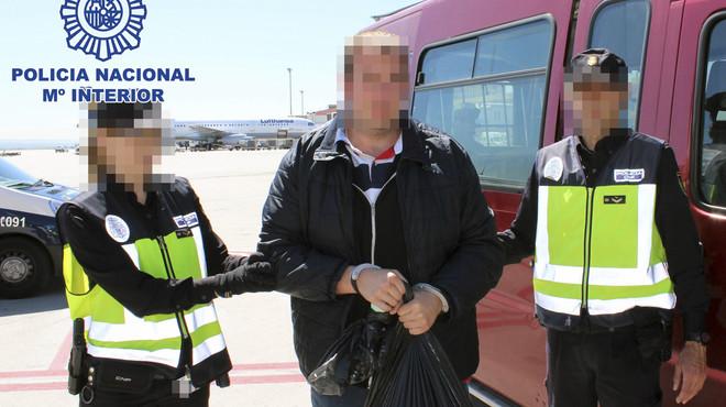 Espanya entrega a França l'home que va subministrar armes a l'autor de l'atac al súper jueu de París