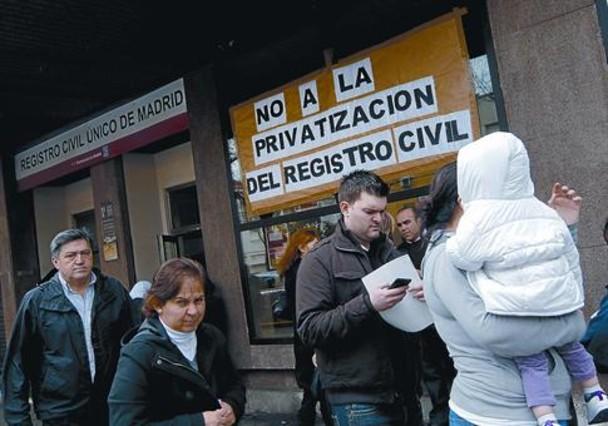 Guerra en el registro civil for Oficina de registro madrid