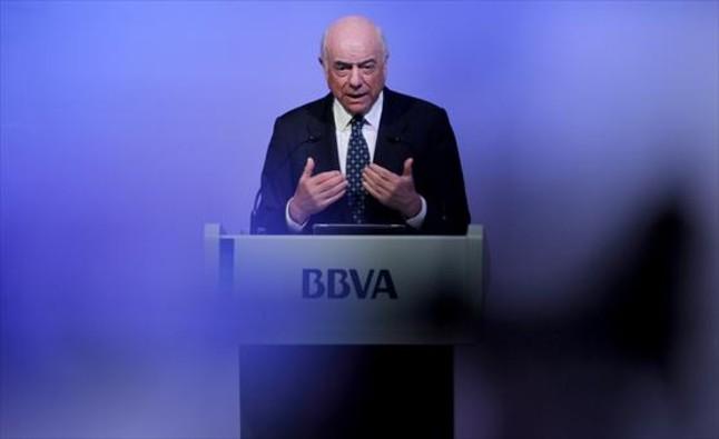 Gonz lez defiende el papel de las oficinas bancarias pero for Oficinas bbva terrassa