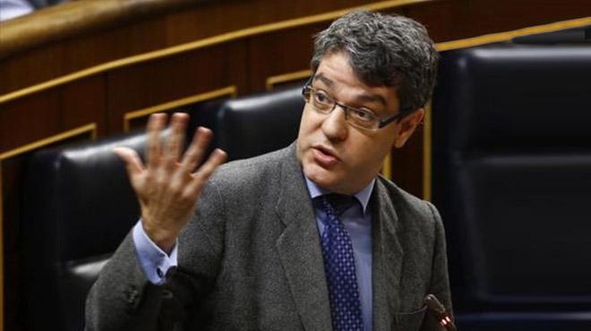 Álvaro Nadal, ministro de Energía, durante un pleno del Congreso de los Diputados.