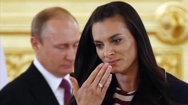 """Putin acomiada l'equip rus i parla de """"discriminació"""""""