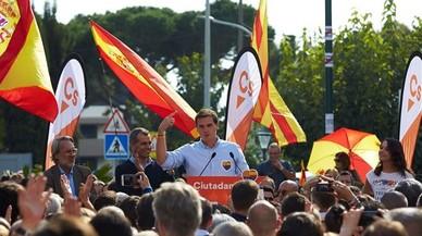 Rivera desafia a Puigdemont a presentar-se a les eleccions del 21-D