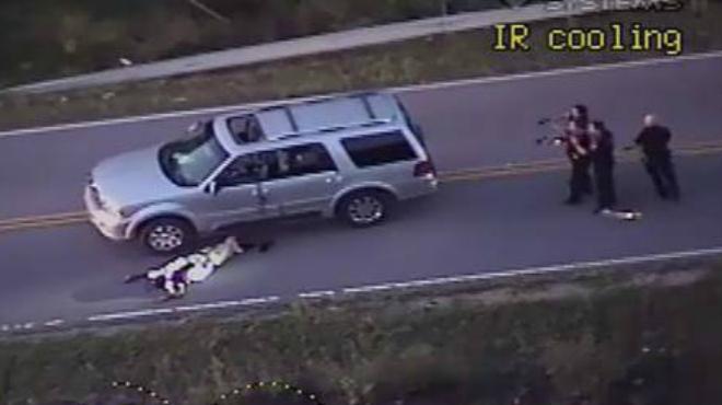 Un vídeo mostra com la policia de Tulsa mata un negre desarmat