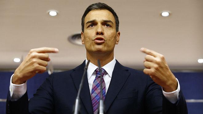 """Pedro S�nchez insiste en que """"Rajoy debe presentarse a la investidura"""""""
