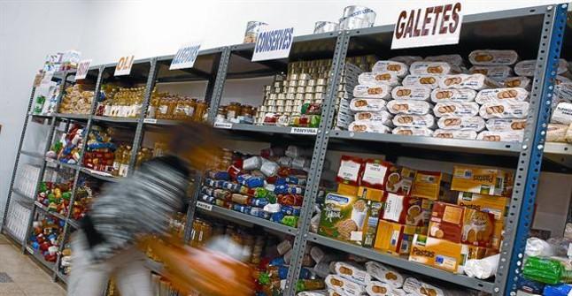 Nace una petición popular para que los supermercados entreguen los alimentos sobrantes a oenegés locales