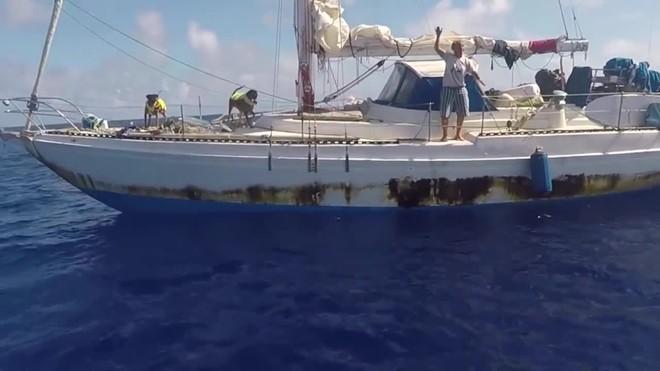 Rescatadas dos mujeres tras cinco meses a la deriva en el Pacífico