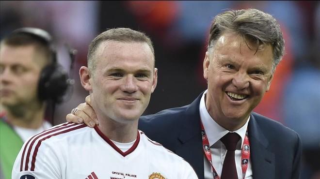Van Gaal guanya la Copa amb el United abans de l'arribada de Mourinho
