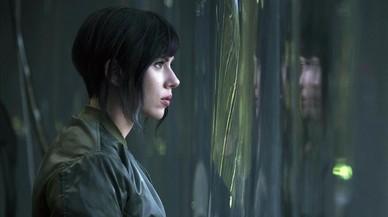 Scarlett Johansson, en una escena de 'Ghost in the Shell'.