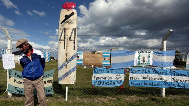 El submarí argentí desaparegut va tenir una avaria elèctrica