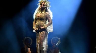 Beyoncé enlluerna als Grammy