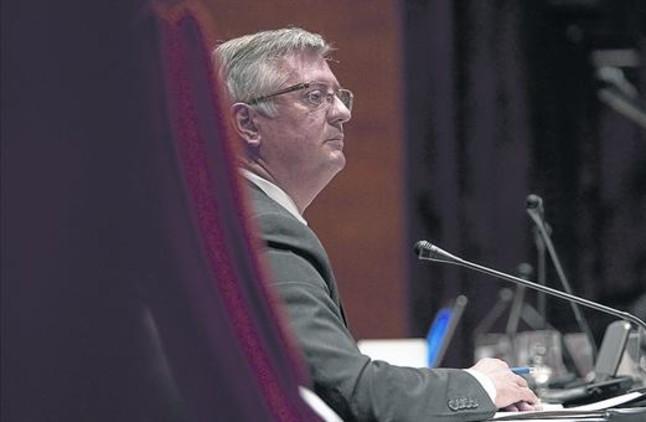 El juez imputa a martorell por el espionaje de dirigentes for Juzgados de martorell