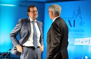 Mariano Rajoy y el presidente del Cercle dEconomia, Antón Costas, en mayo del año pasado en Sitges.