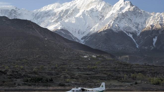 Més de 20 morts a l'estavellar-se una avioneta al Nepal