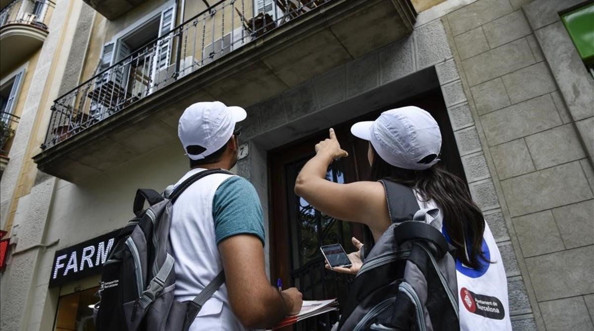 Propietarios de pisos tur sticos llaman a boicotear las - Pisos turisticos barcelona ...