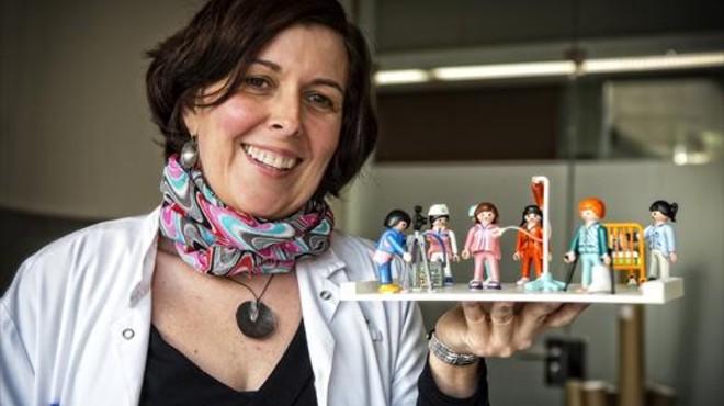 Maite Castillo: «L'estereotip fa invisibles les infermeres»