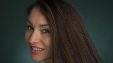 Celia Flores.