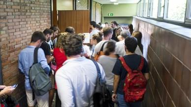 La UB repite entre quejas el examen de empresa robado en julio