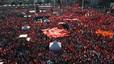 La oposici�n turca se manifiesta contra el golpe y el autoritarismo islamista