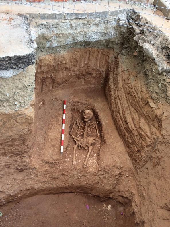 Hallada una nueva necrópolis romana durante unas obras en la Sagrera