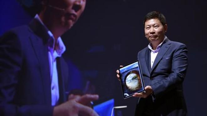 Richard Yu, de la compa�ia china Huawei, en la presentaci�n del Matebook.
