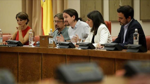 Unidos Podemos pide una asamblea de parlamentarios antes del 1-O