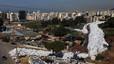 Un río de basura ahoga a Beirut