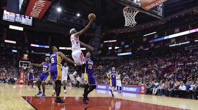 Els Rockets humilien els Lakers (134-95)