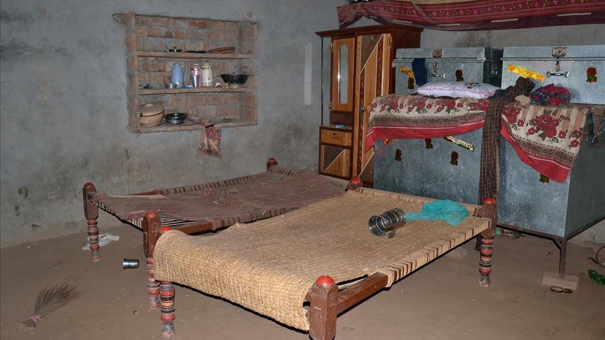 Una imagen de la habitación en la que fue violada una chica de 16 años por venganza.