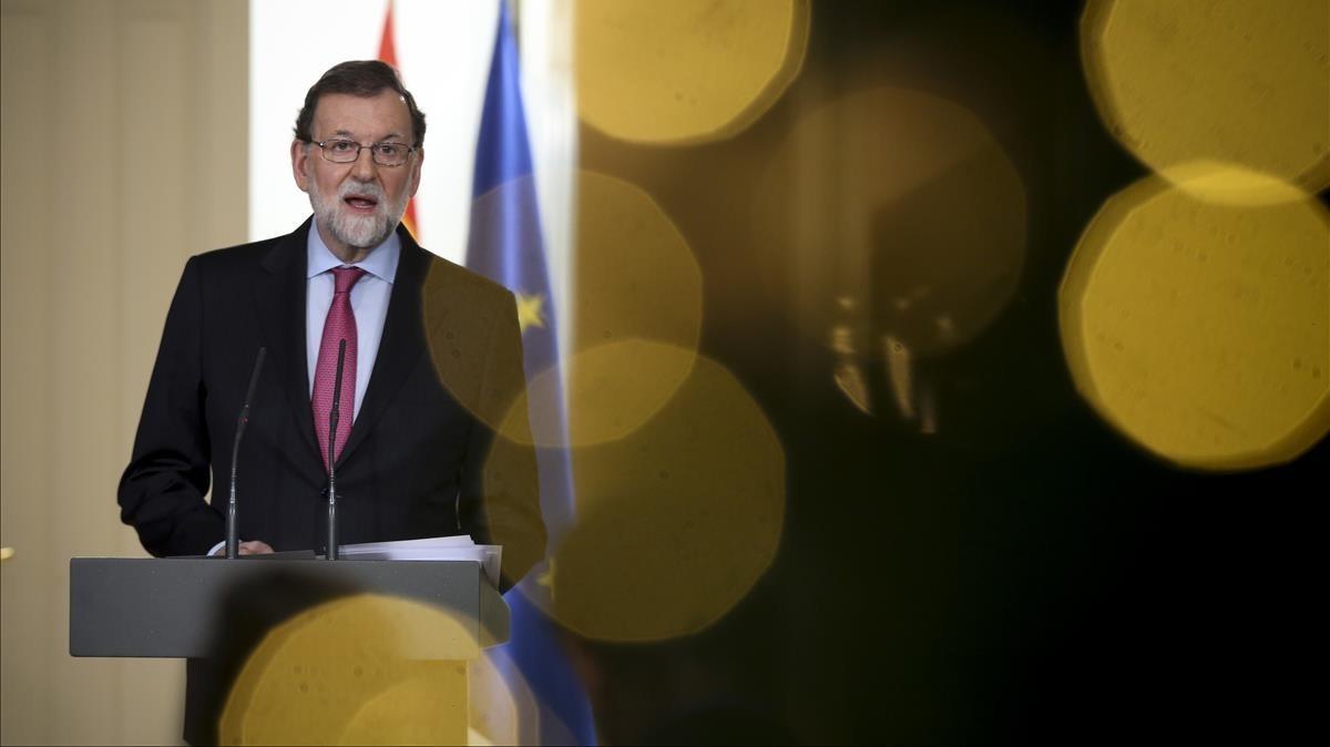 El presidente del Gobierno, Mariano Rajoy, durante su comparecencia de fin de año en el Palacio de la Moncloa.